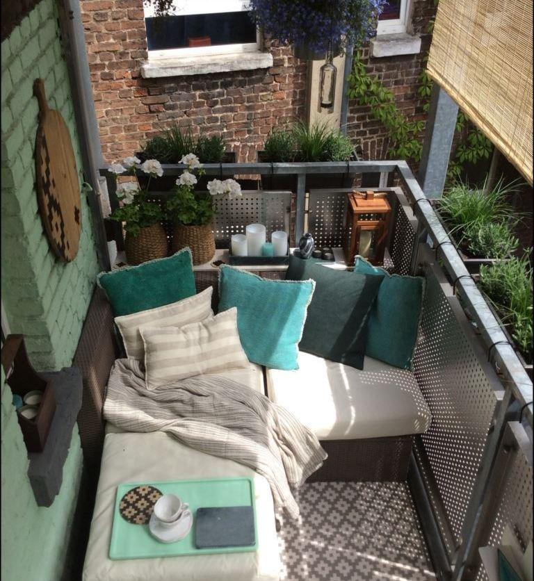 6qm balkongestaltung k ln die balkongestalter. Black Bedroom Furniture Sets. Home Design Ideas